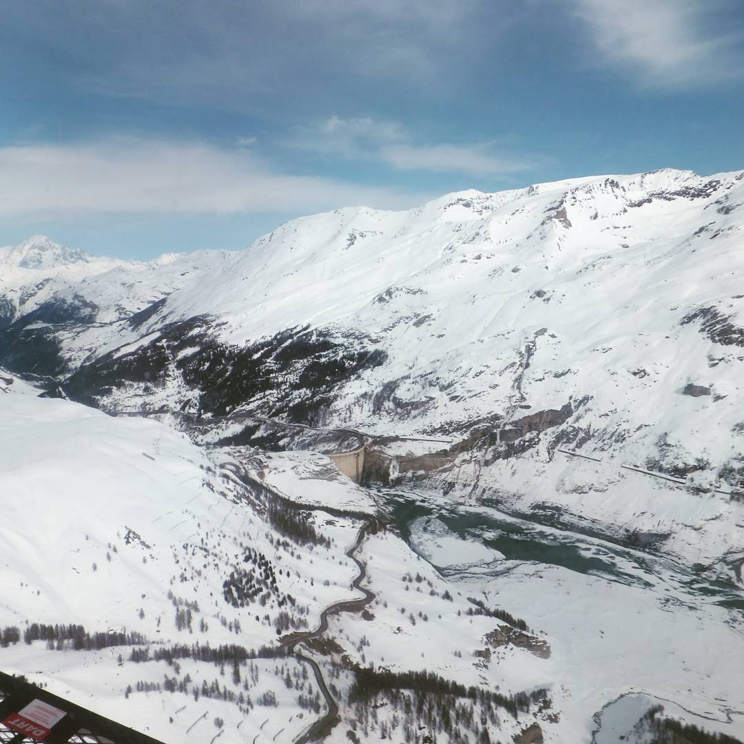 Tignes in all its snowy glory last season! Not longhellip