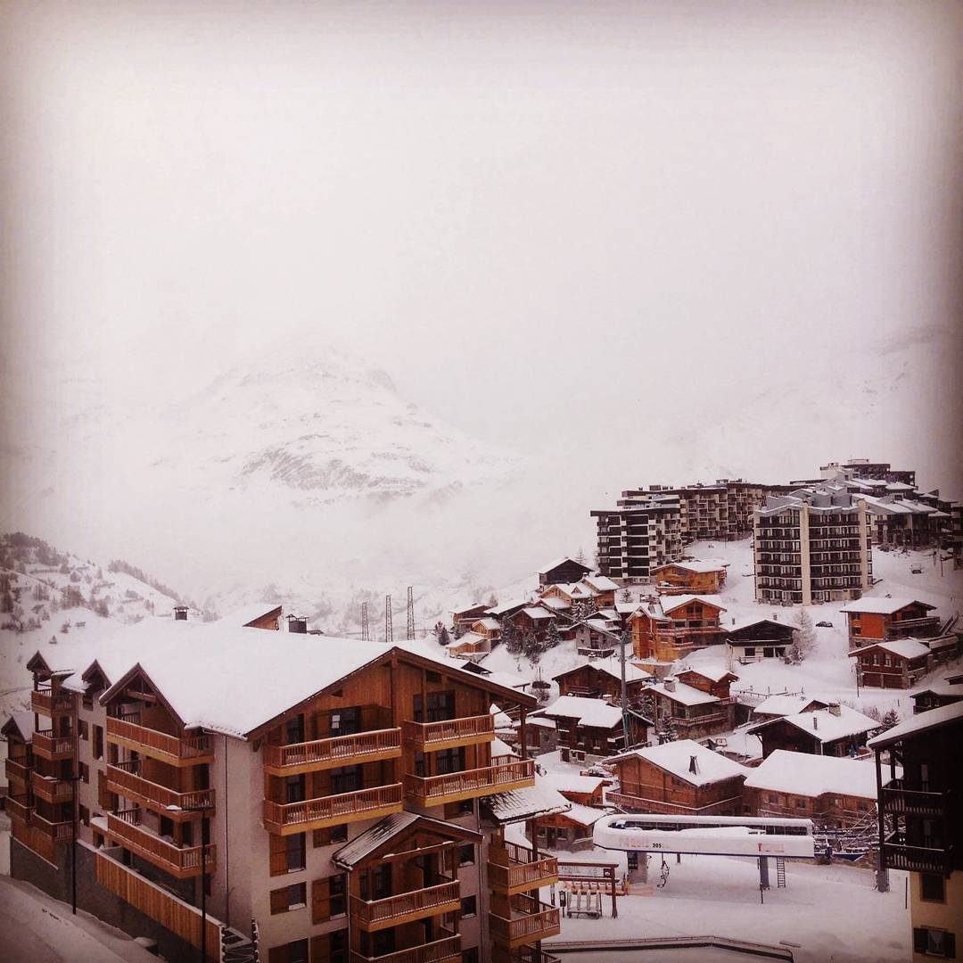 Tignes looking like the perfect winter wonderland!! Look how muchhellip